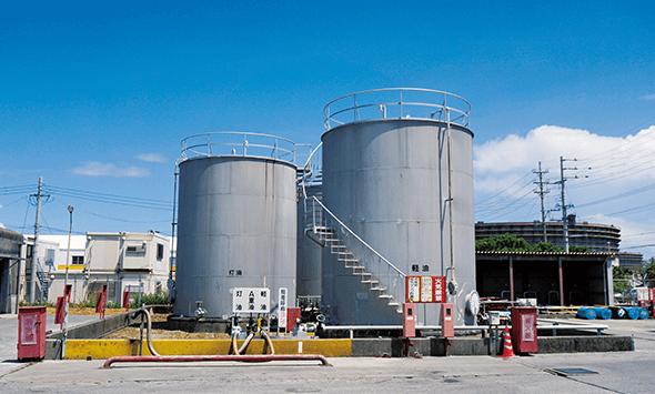 石油製品貯蔵タンクイメージ